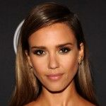 Jessica Alba va produire la série de science-fiction Girl 10