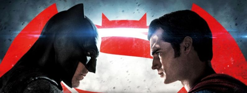 Batman vs Superman:  Lequel est le plus sexy ? Zachary Levi tranche