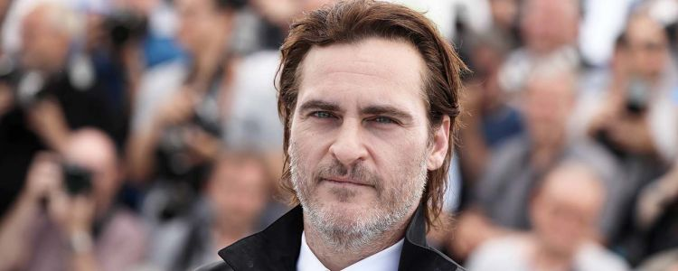 Joker:  une nouvelle photo de Joaquin Phoenix en mode 100% clown !