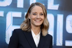 "Jodie Foster va adapter le film islandais ""Woman at War"""