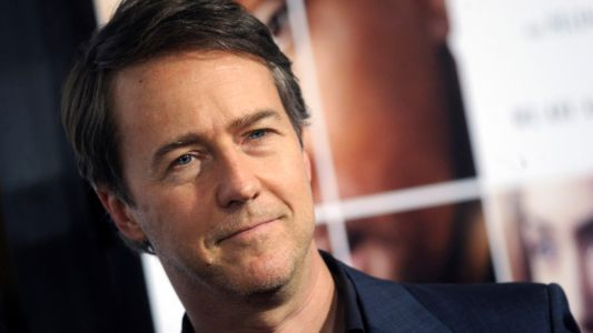 Edward Norton a 50 ans:  Avengers, X-Men, Mission Impossible. 10 films dans lesquels il a failli jouer