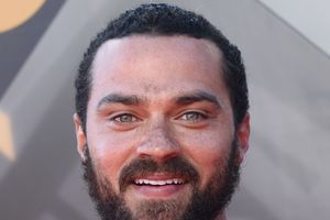 "Jesse Williams va jouer dans l'adaptation de la BD ""Random Acts of Violence"""