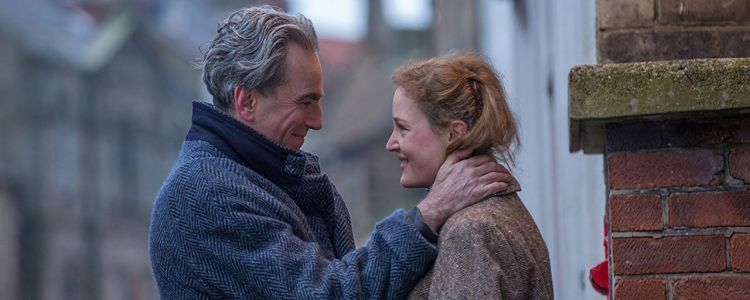 Qui est Vicky Krieps, la muse de Daniel Day-Lewis dans Phantom Thread ?